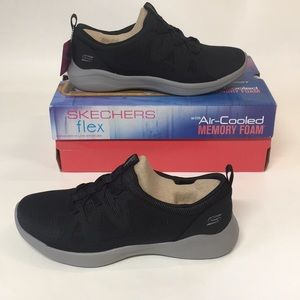 New With Box Woman's Skechers Memory Foam Shoes